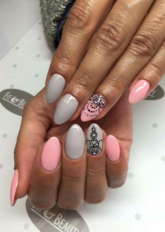 Różowo-szare paznokcie