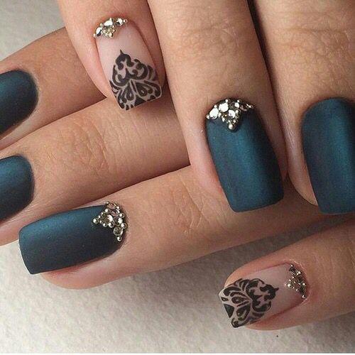 Pomysł na eleganckie paznokcie na wielkie wyjście