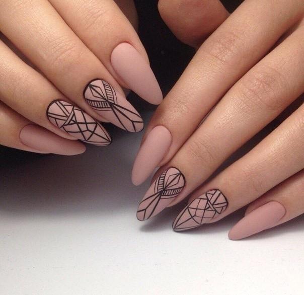 Geometria na paznokciach w połączeniu z mattem
