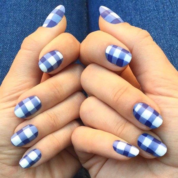 Nails kratka - świetny wzorek na paznokcie